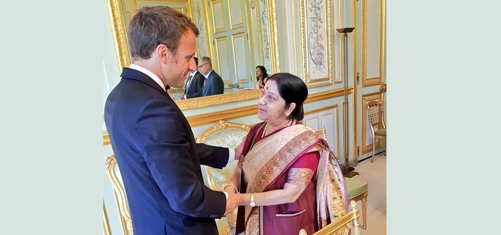 External Affairs Minister Ms. Sushma Swaraj called on President of France Mr. Emmanuel Macron on 18 June. They discussed follow up to the understandings reached during French President's successful visit to India in March 2018 which infused new momentum in Indo-French bilateral ties.