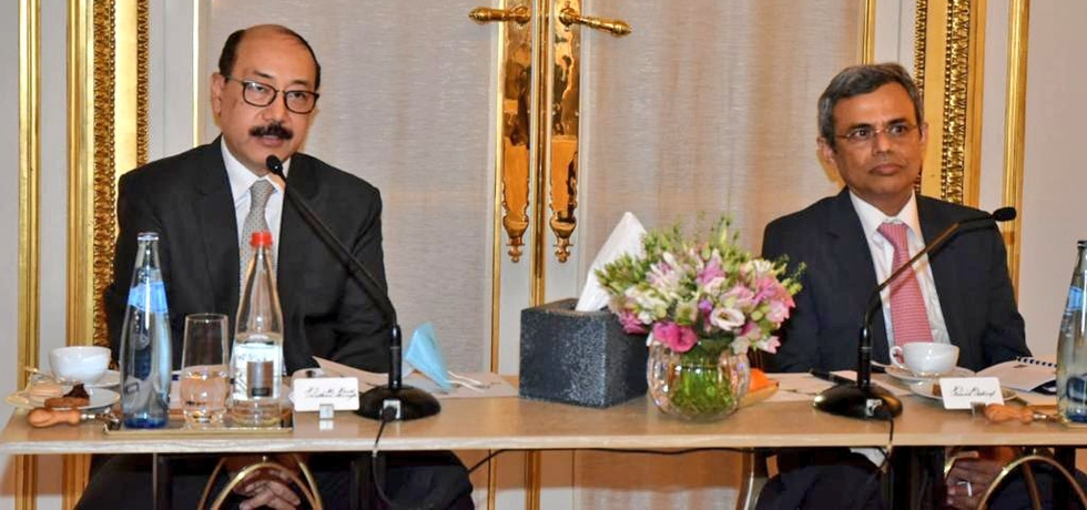Shri Harsh Vardhan Shringla, Foreign Secretary  rounds up his Paris visit with an in-depth discussion on the shape of the post-pandemic world&the role of India-France Strategic Partnership with key media representatives &strategic thinkers